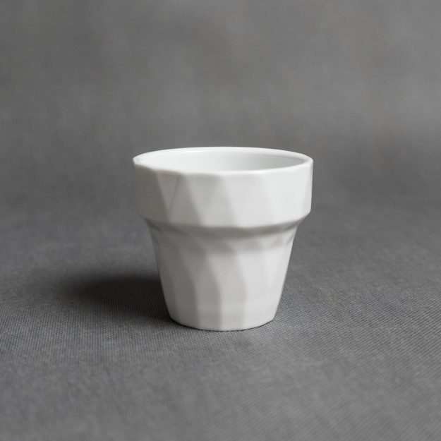White porcelain 3D cup by Filip Mirbauer