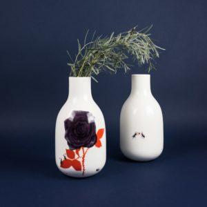 Rose vase Krehky