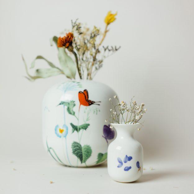 Handmade porcelain vases by Michal Bacak