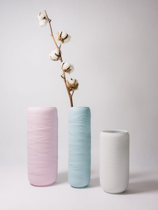 Swallow ceramic vases decorated with cotton flower by Nalejto