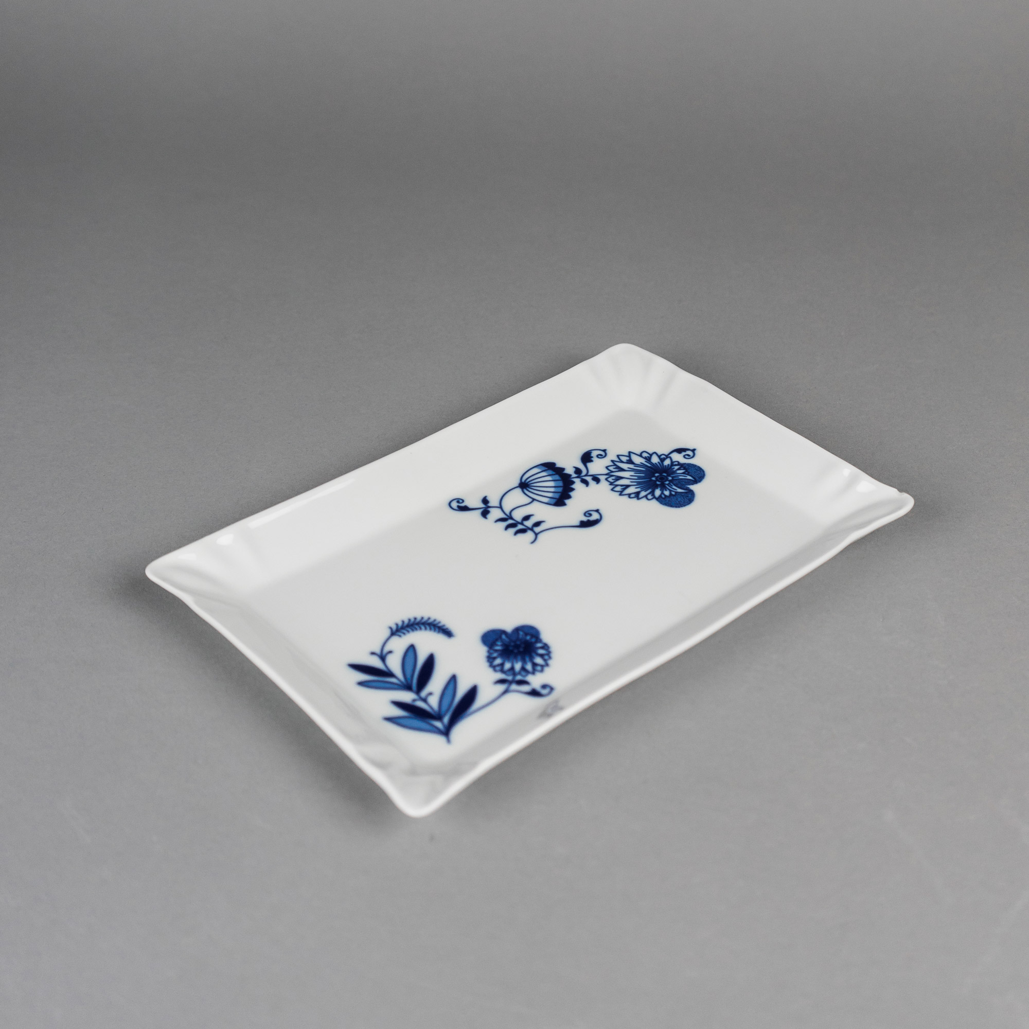Onion tray by Qubus