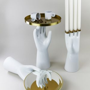 A set of porcelain hands by Qubus design studio