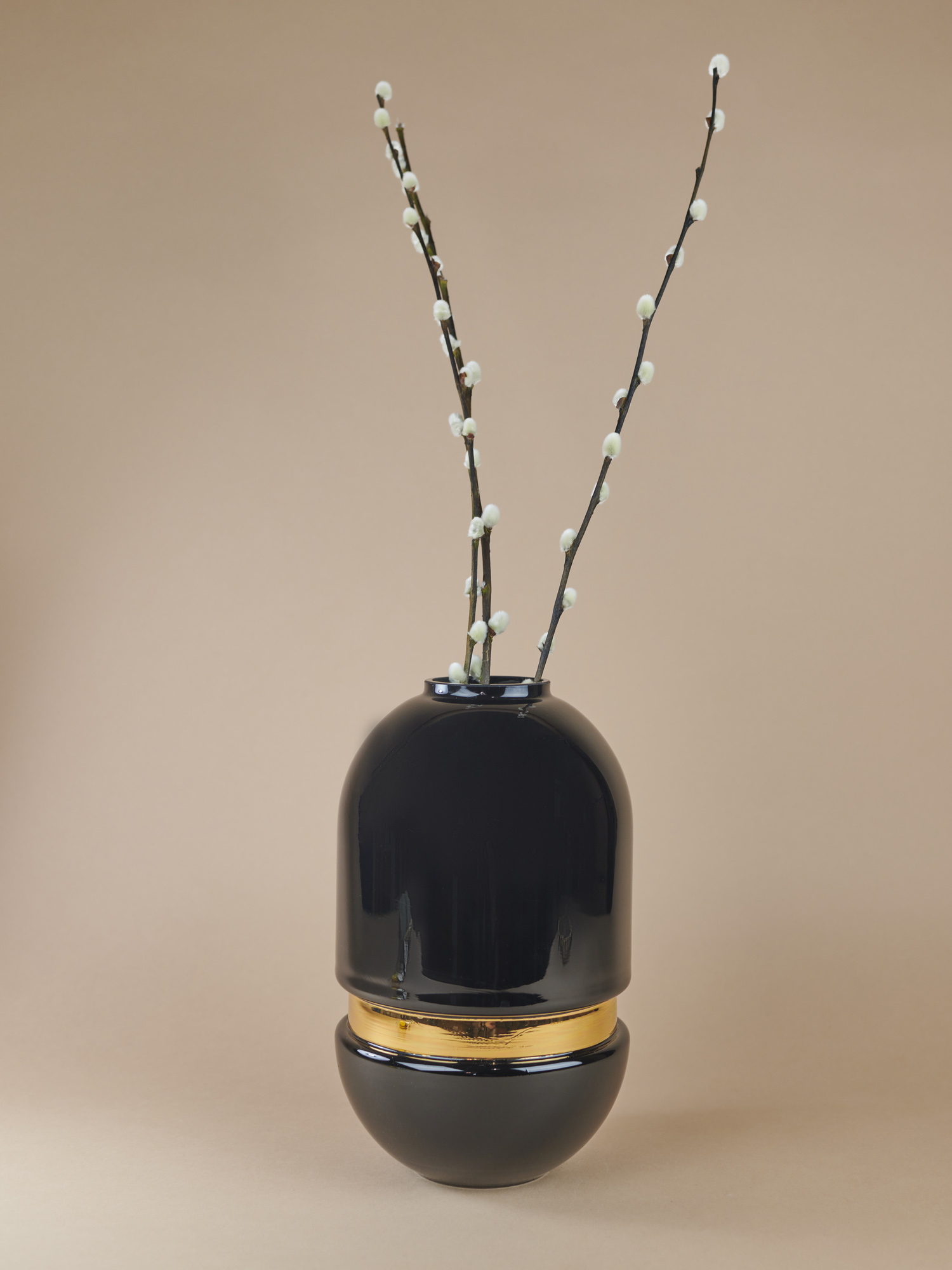 Black glass vase with golden stripe in the middle by Pavel Vytisk