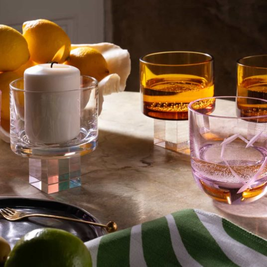 Dinenrtime with crystal glassware